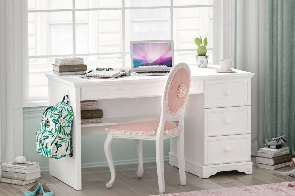 A legszebb Cilek íróasztalok iskolakezdő lányoknak!